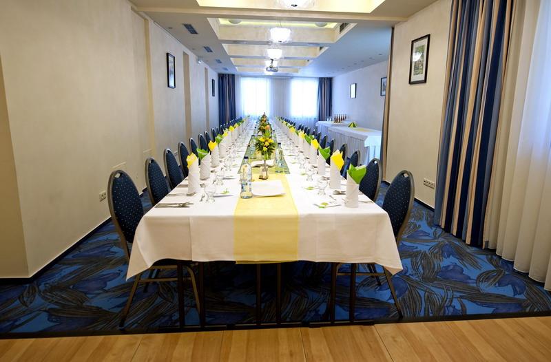 http://www.hotelclubkezmarok.sk/images/gallery/hotel/dsc_0077.jpg