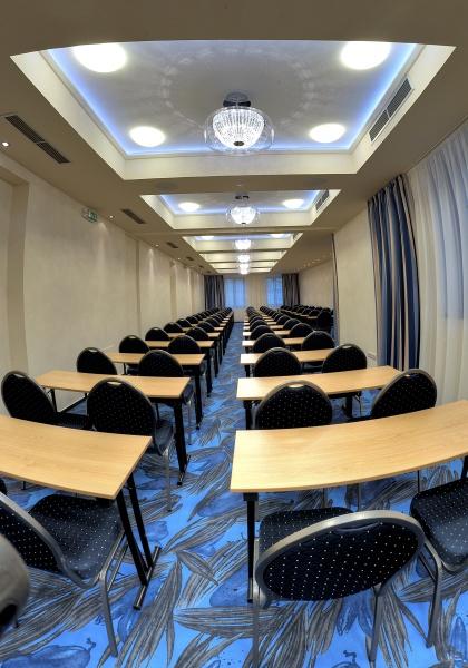 http://www.hotelclubkezmarok.sk/images/gallery/konferencie/konferencie-3.jpg