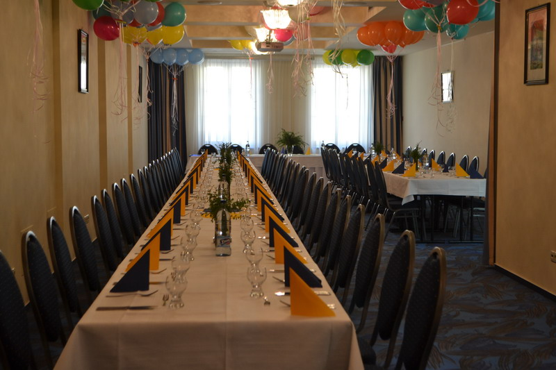 http://www.hotelclubkezmarok.sk/images/gallery/konferencie/konferencie-5.jpg